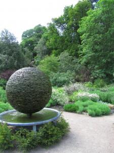 Slate Garden, Cawdor Castle Gardens: aurinko