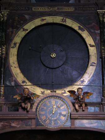 Astrologinen kello