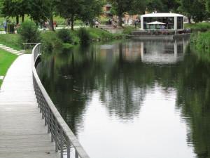 Moderni kesäasunto Nagold-joella